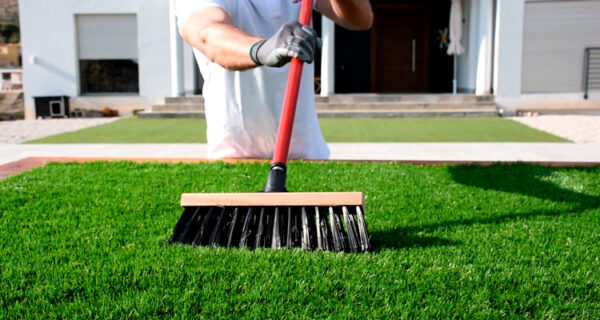 install-artificial-turf-07