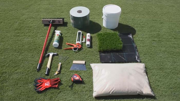 Material instalación césped artificial sobre tierra