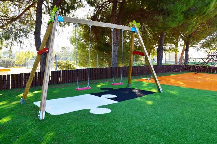 Césped artificial para parques infatntiles Sevilla