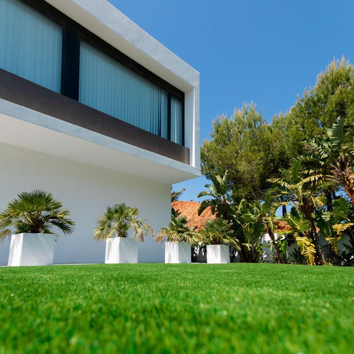 Realturf Málaga jardín césped artificial