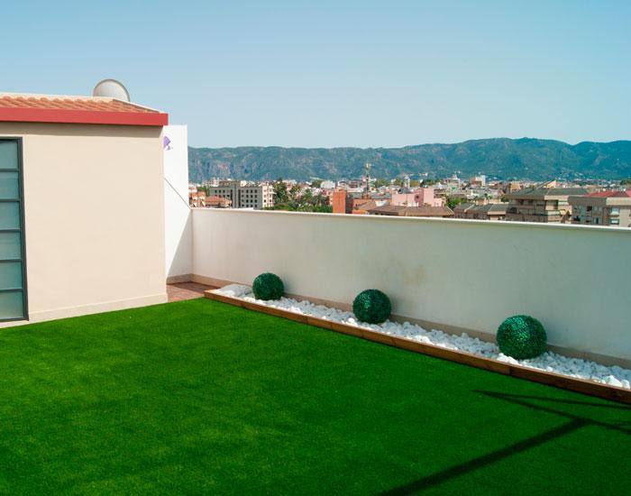 Terraza césped artificial Zaragoza