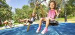 Césped artificial de colores: la mejor solución para las zonas infantiles