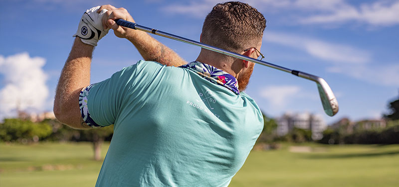 Descubre por qué puedes practicar todo el año golf en campos de césped artificial