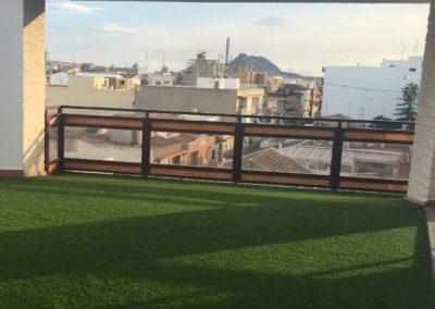 Césped artificial en terraza (Alicante)