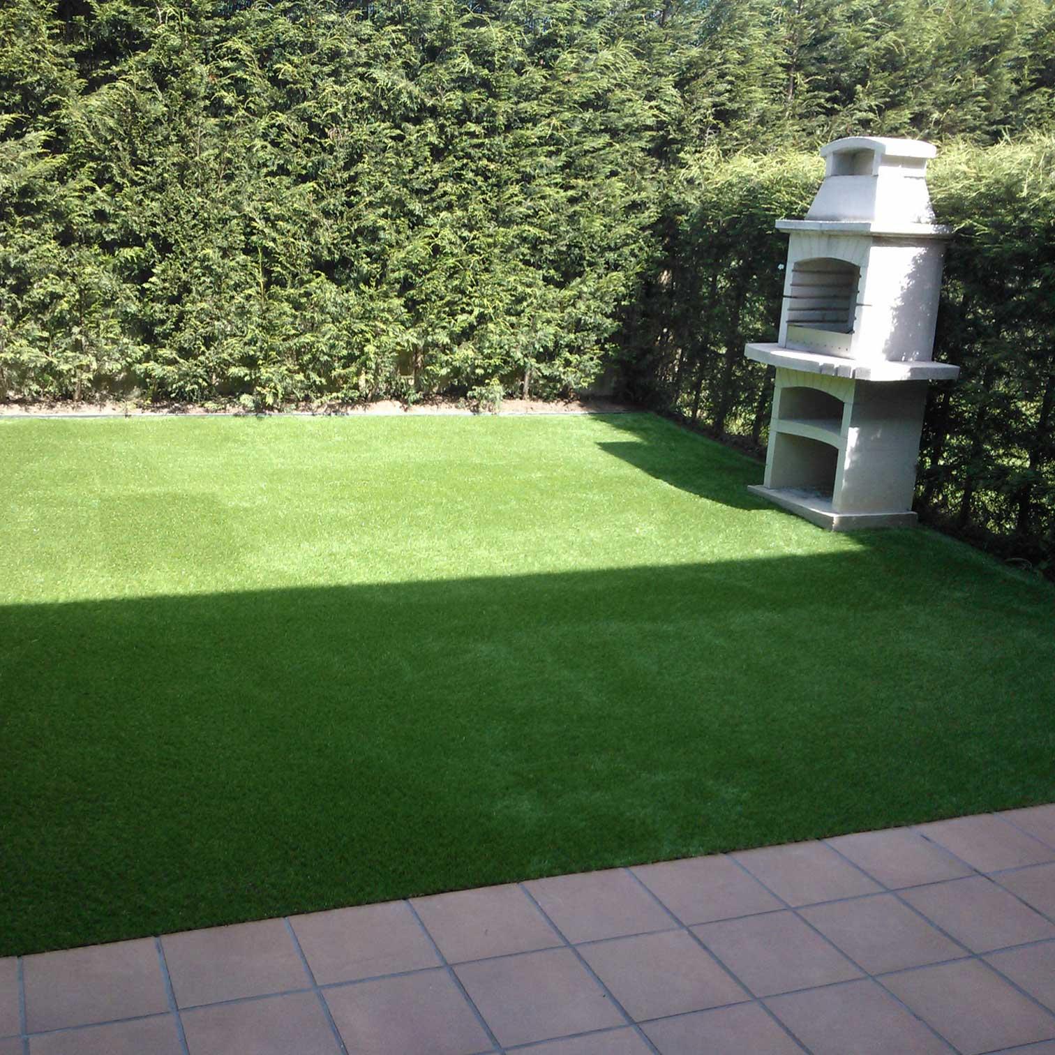cesped artificial jardin barbacoa asturias