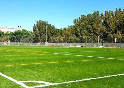 Césped artificial en campo de fútbol en Murcia