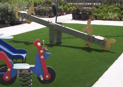 cesped-artificial-parques-infantiles06