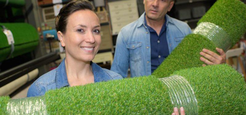 La instalación de césped artificial: un proceso rápido y sencillo